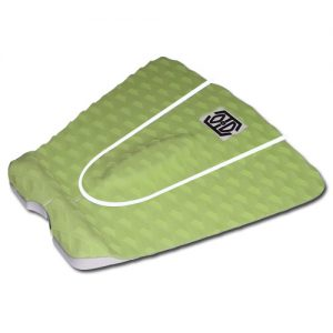green tail pad